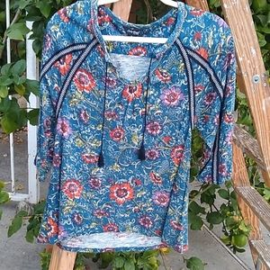 Lucky Brand Knit top. Blue floral, Peasant. SMALL